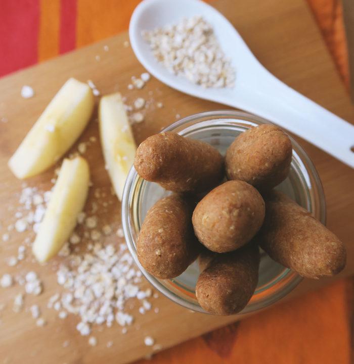 Rezept: Dinkelstangen selber machen für Kleinkinder & Babys. Fünf gesunde Snacks ohne Zucker für Kinder. #vegan #zuckerfrei #gesundheit #ernährung #tipps