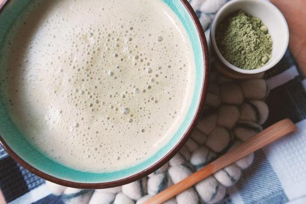 Erfahrung und Rezept mit Matcha Latte - Kaffee Alternative mit Koffein Ersatz