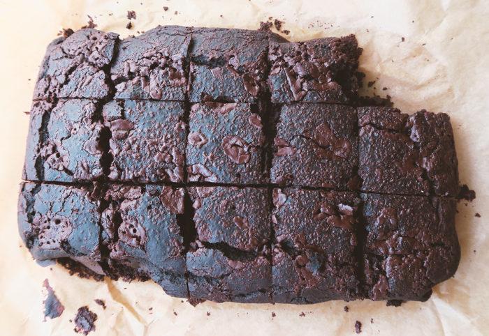 Köstliche fluffige Brownies mit Kidneybohnen - Low Carb