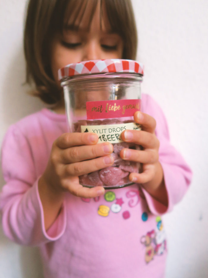 Rezept für gesunde Bonbons selber machen ohne Zucker (mit Xylit / Birkenzucker und Frucht)