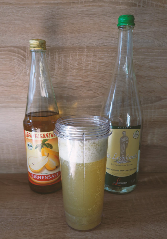 Gesunder Matcha Energy Drink mit Guarana und Maca