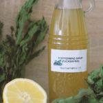Rezept für zuckerfreie Minzlimonade - Wasser und Pfefferminz-Sirup vermischen (1:5 Mischverhältnis) #xylit #zuckerfrei #sirup #sommer #getränk